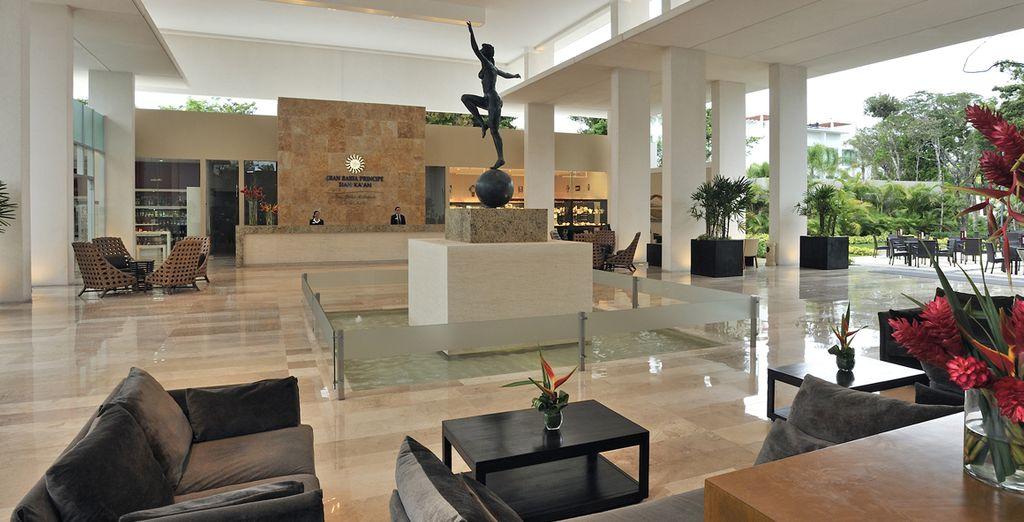 La grande e spaziosa lobby del GBP Sian Ka'an è il luogo ideale per momenti all'insegna del relax