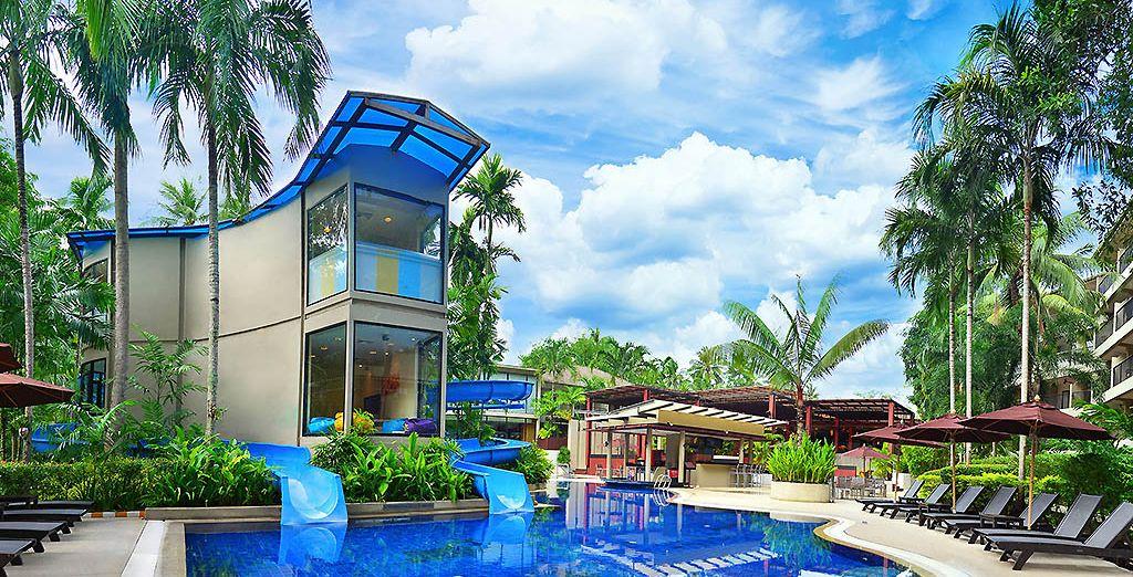 Divertitevi in piscina