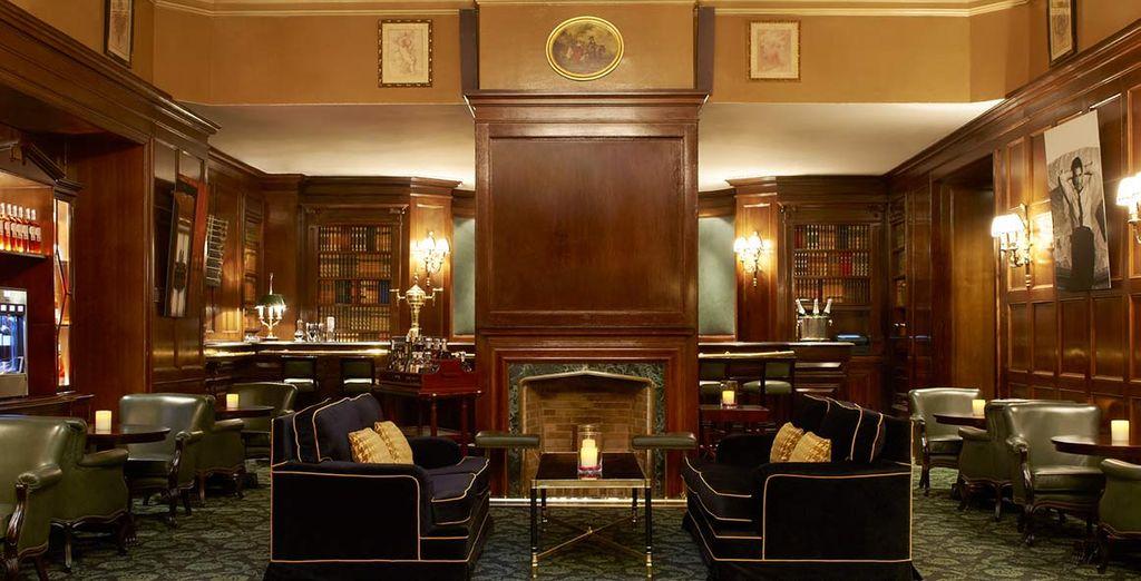 Il Bar del Westin Palace vi aspetta per uno squisito cocktail