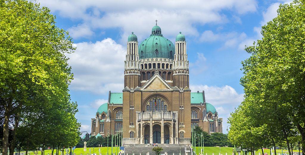 Fotografia della Basilica Nazionale del Sacro Cuore a Koekelberg