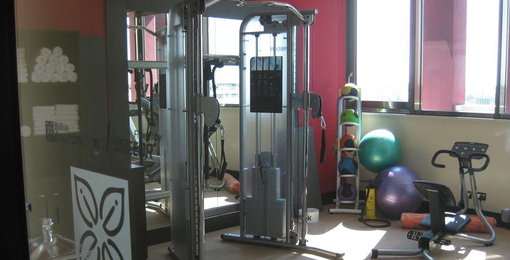 Allenatevi nella sala fitness