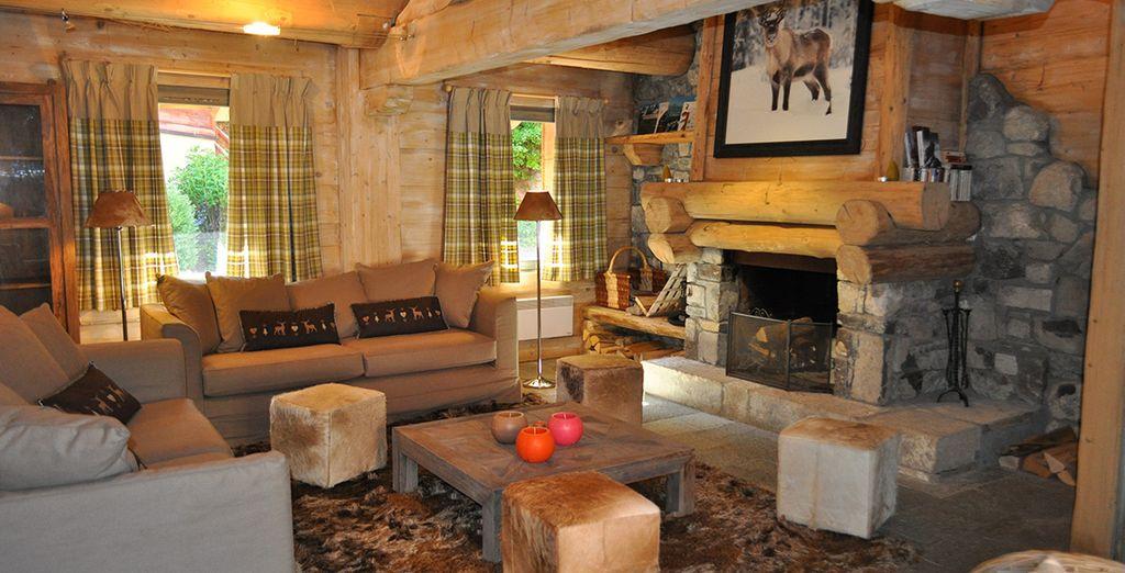 Affitto alloggi, confortevole chalet con zona relax in mezzo alle montagne innevate