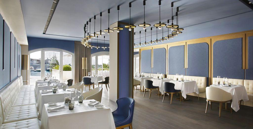 Il ristorante vi accoglie con la sua atmosfera elegante