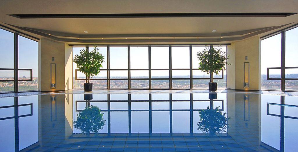Godrete di panorami spettacolari dalla Apollo Day spa situata all'ultimo piano dell'Hotel Corinthia Prague 5*