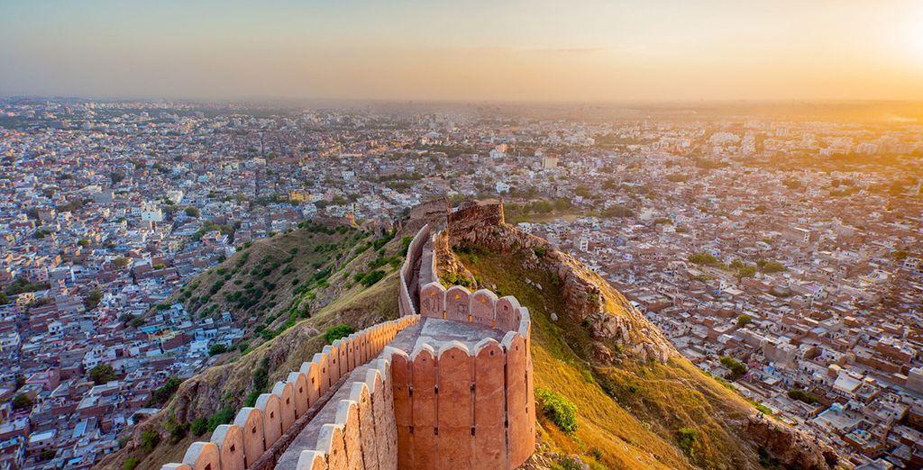 Arriverete a Jaipur, la città dal colore rosa-arancio ed antica Capitale della regione