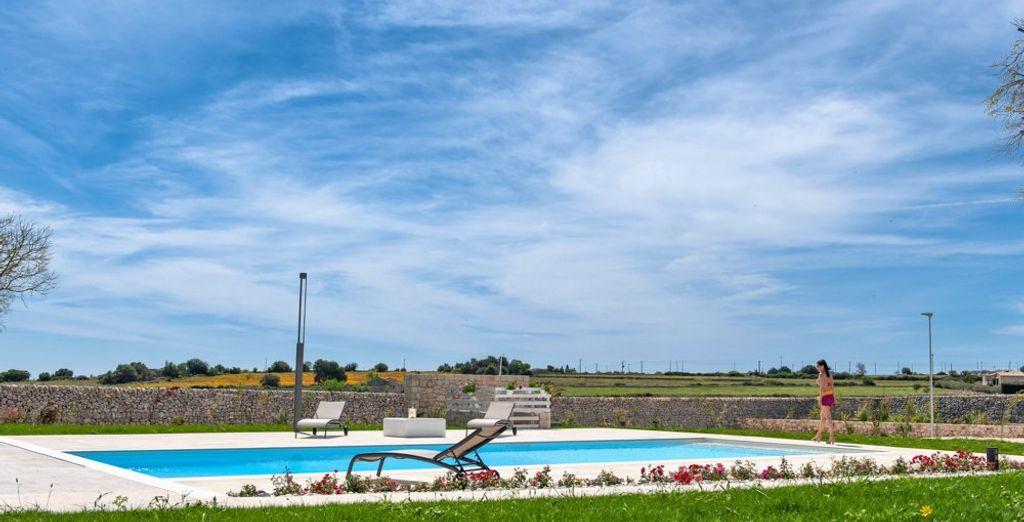 quando la stagione lo permette approfittate della bella piscina esterna