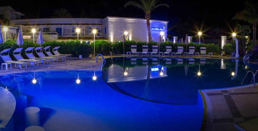 Trascorrete le serate a bordo piscina