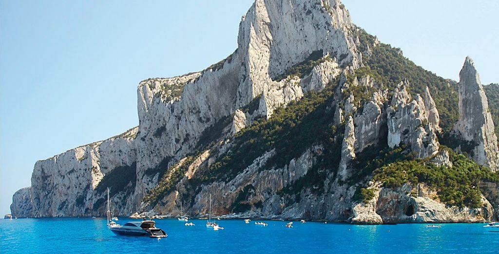 Visitate le spiagge e le grotte dal fascino selvaggio