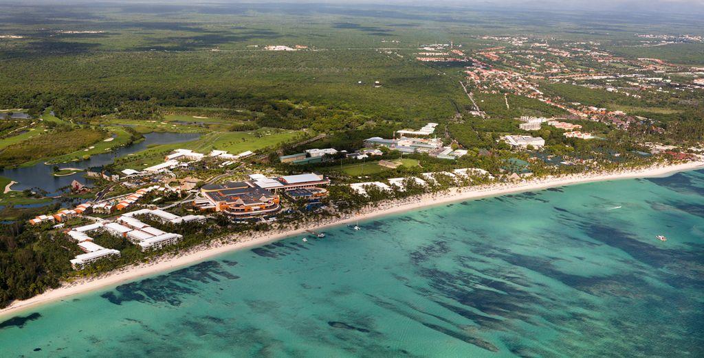 o lasciatevi sedurre dalle bellissime spiagge a due passi dall'hotel