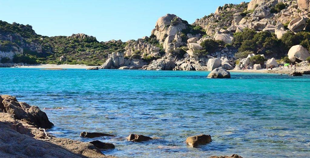 Scappatella sull'isola di Santo Stefano in Sardegna