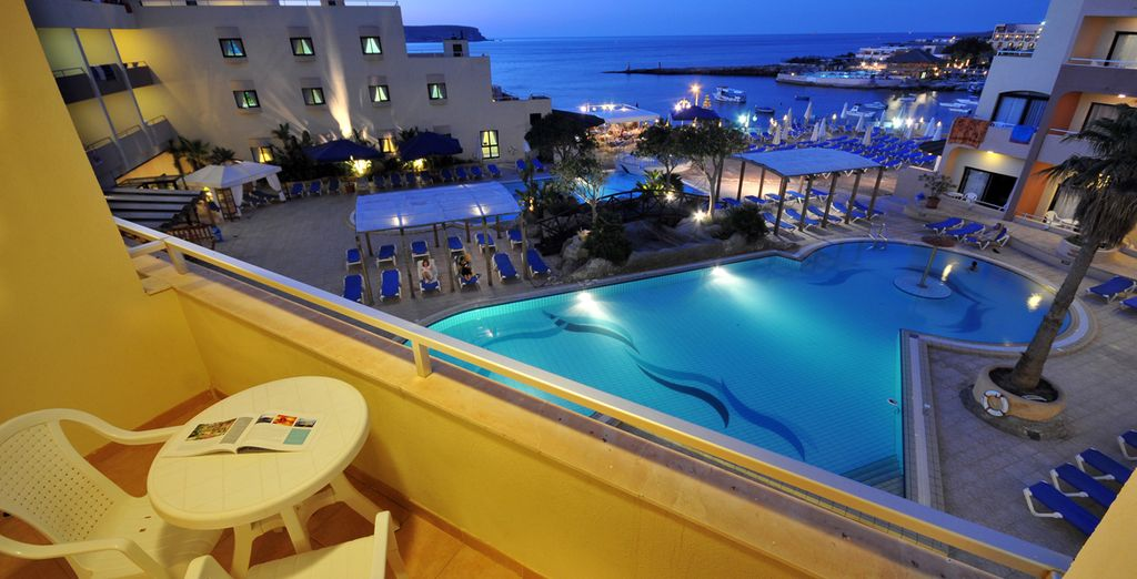 Hotel di lusso a Malta con piscina e vista mare, selezionato da Voyage Privè