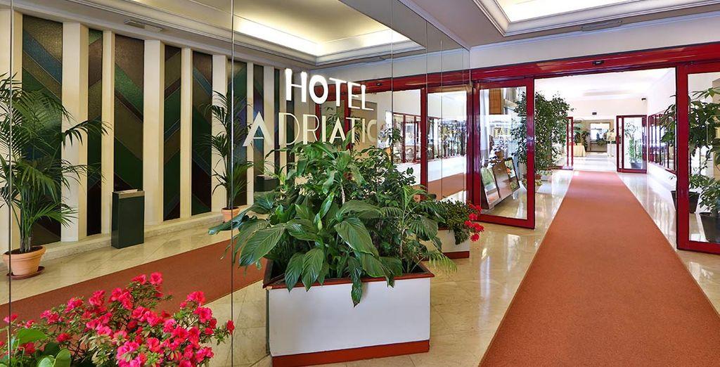 Il vostro elegante hotel 4 stelle vi dà il benvenuto