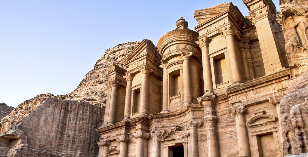 Fotografia di Petra e della città rosa con la sua incredibile architettura