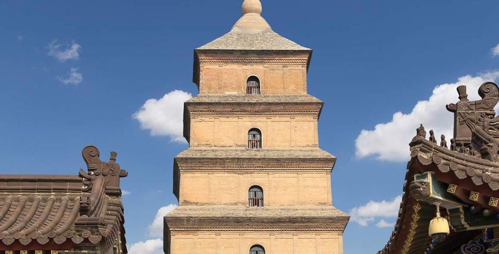 e la pagoda buddhista della Grande Oca Selvaggia