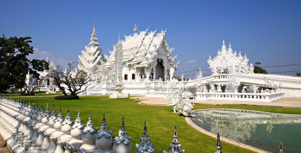 Fotografia del tempio bianco di Chiang Mai, Thailandia