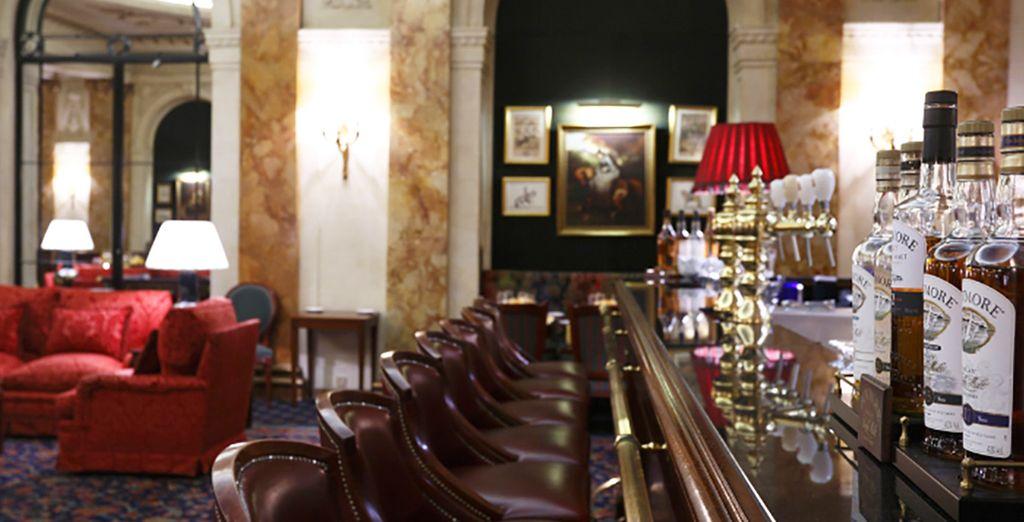 poi accomodatevi al lounge bar per assaporare una selezione deìi the raffinati