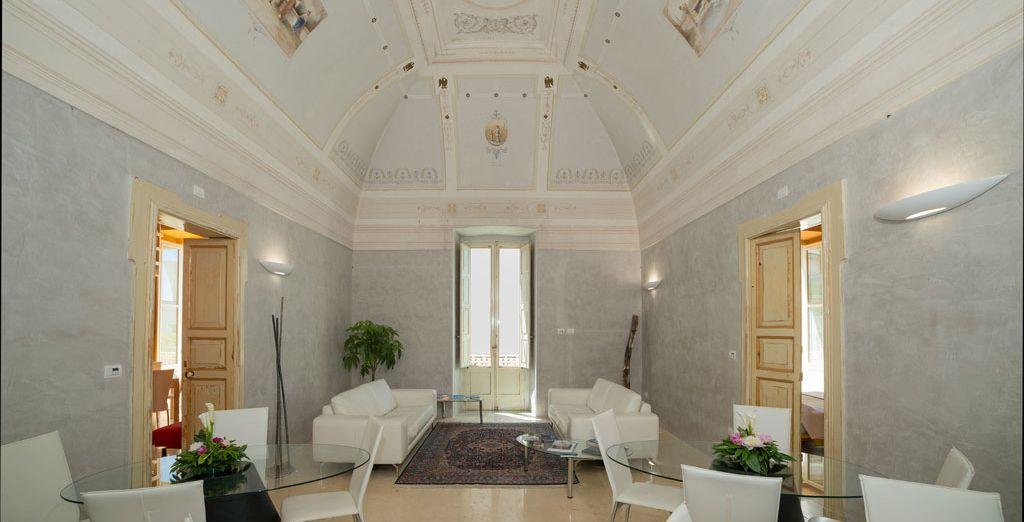 un antico ed elegante palazzo gentilizio