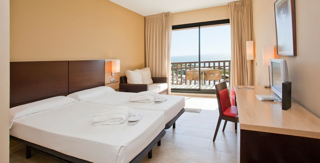 U verblijft in een kamer met modern design en een prachtig uitzicht