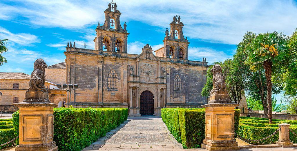 De kerk van Los Reales Alcázares in buurland Ubeda