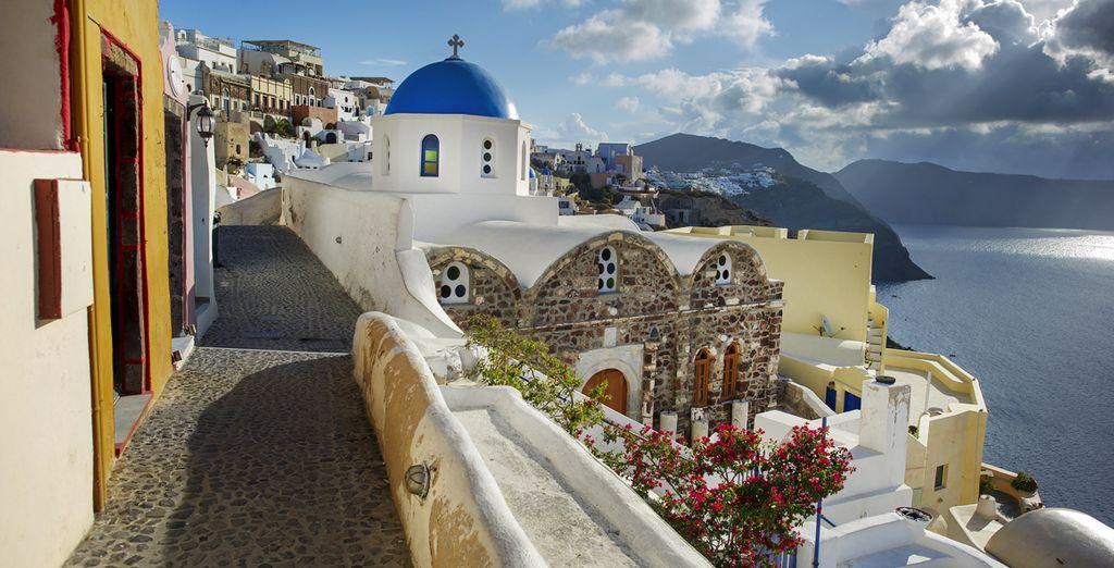 De prachtige straatjes van Santorini