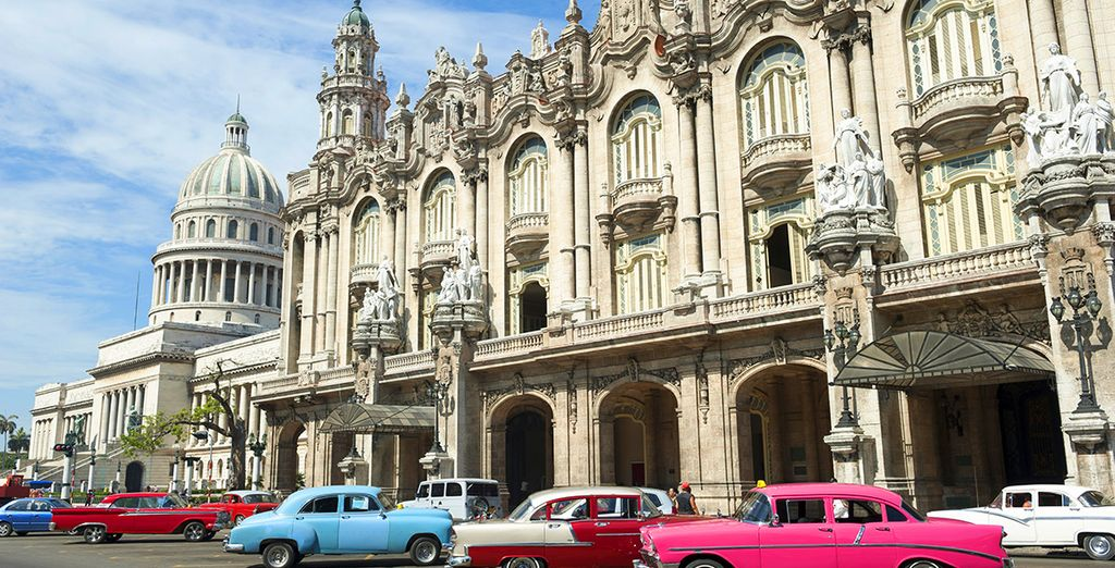 In Cuba kan u rondwandelen in de verschillende buurten