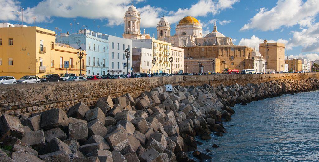Met het mooie stadje Cádiz