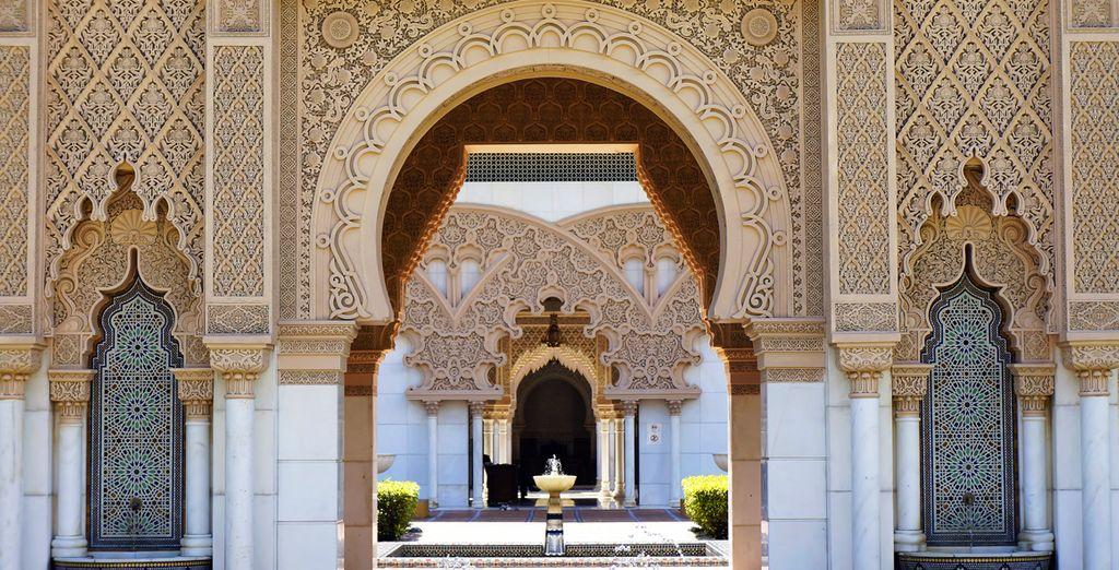 En laat u vervolgens onderdompelen in de fascinerende sfeer van Marrakech
