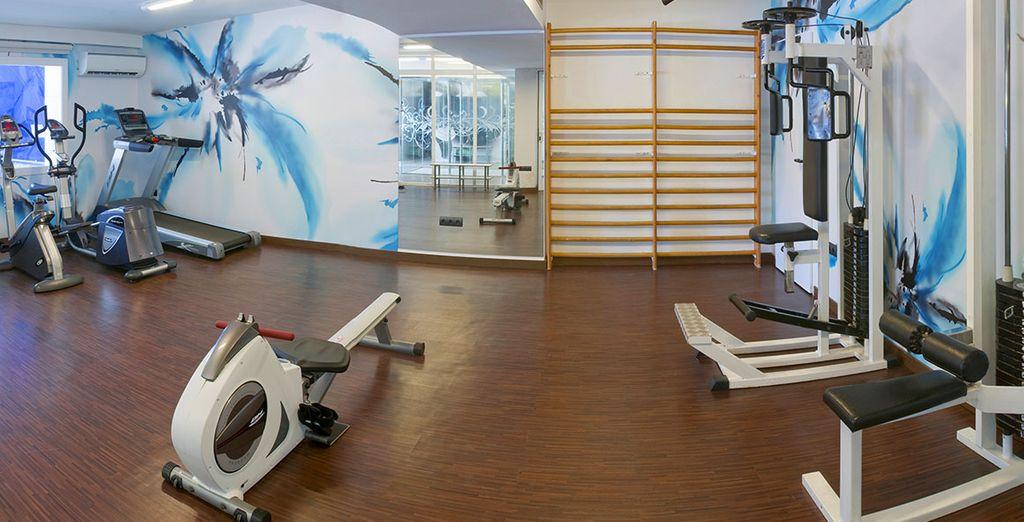 De sportievelingen kunnen gebruik maken van de fitnessruimte