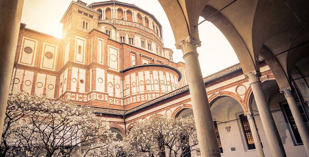 Uw hotel is gelegen op slechts 2.5 km van de Santa Maria delle Grazie