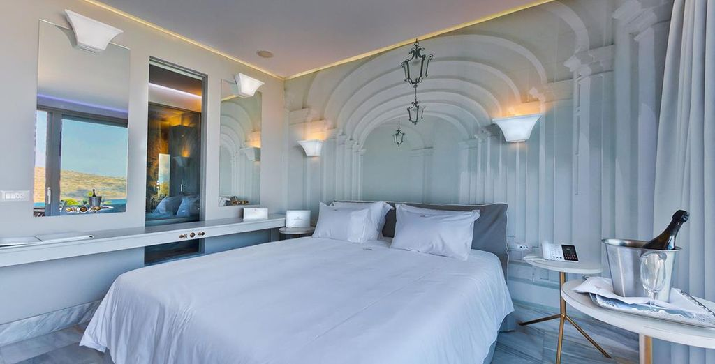 Enjoy a stay in a Deluxe Room