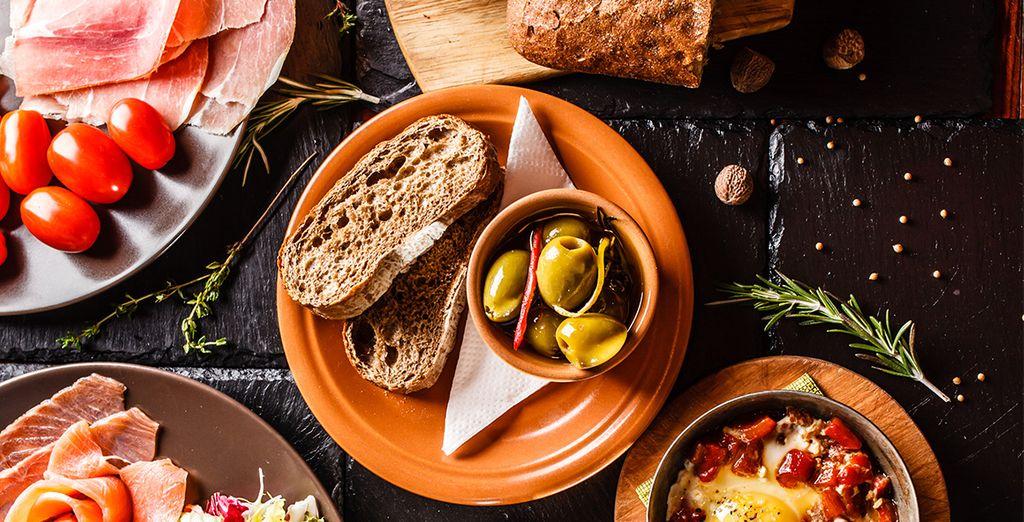 En ontdek de typische Spaanse gastronomie