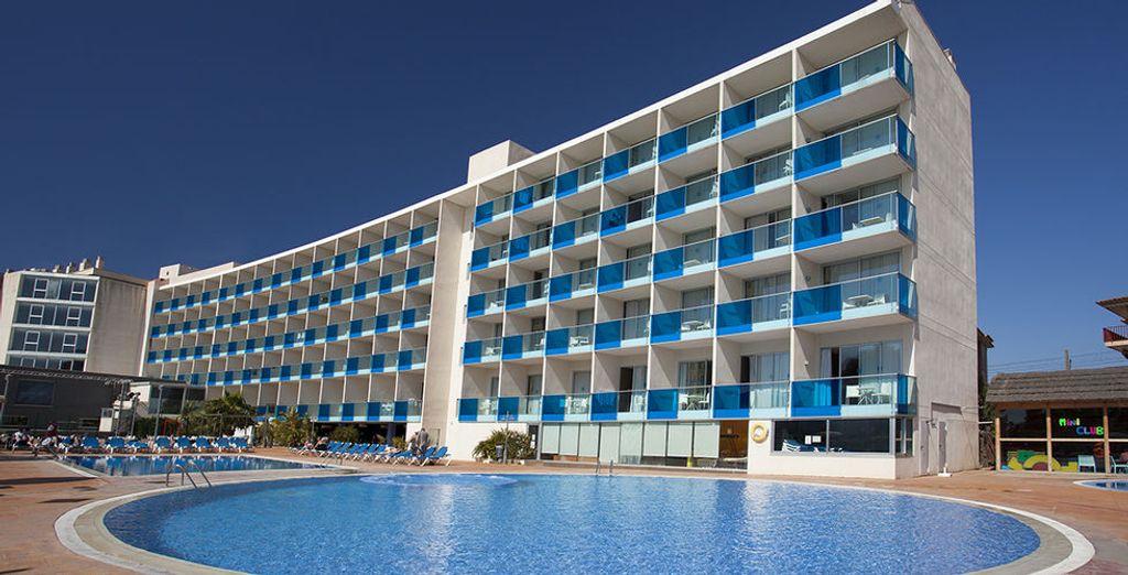 Welkom in het hotel Nuba Comarruga 4 *