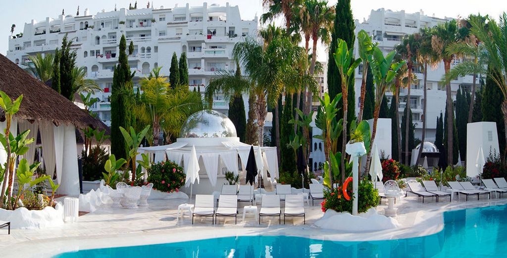 Welkom in het Hotel Suites Albayzin Del Mar 4*