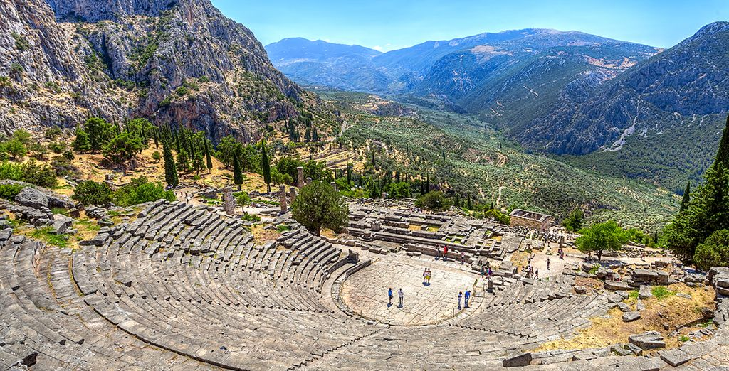 From the historical lures of Delphi