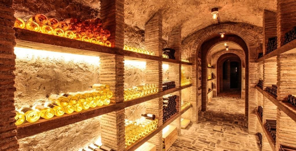 Accompany everything with exceptional wines