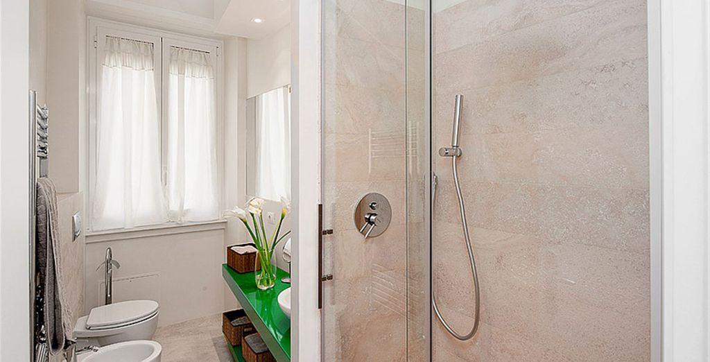 Apartment 3: Bright bathroom