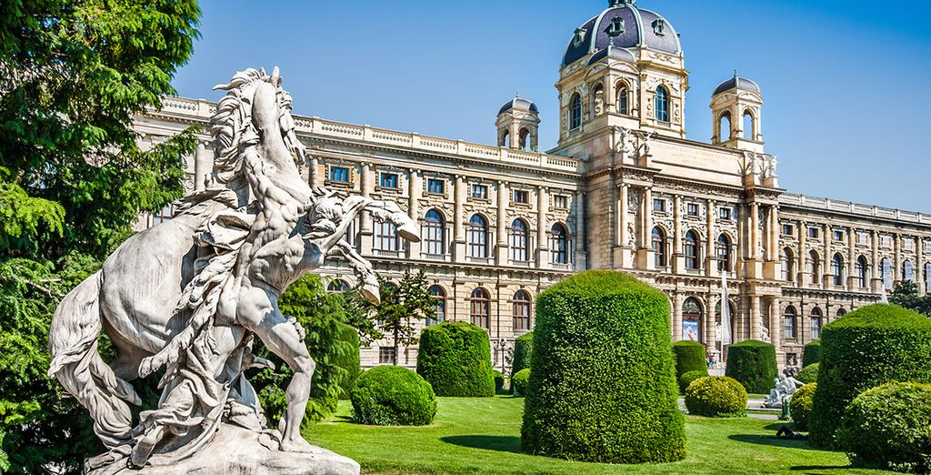 Return seduced by the charm of Vienna.