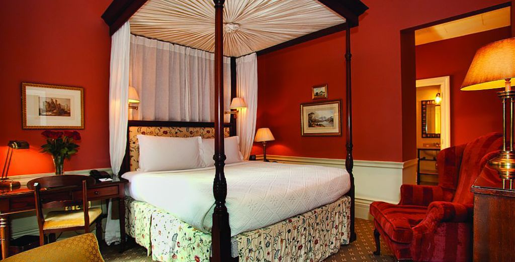Sophistication & style in one neat package (pictured: Deluxe Four Poster Suite)