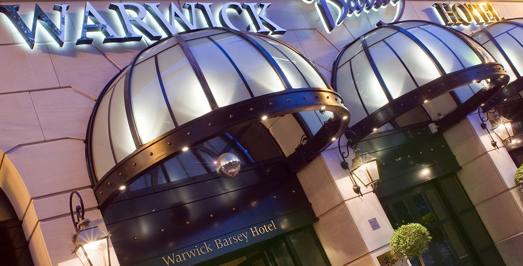 At the Hotel Warwick Barsey