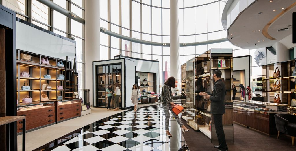 Discover its most beautiful shopping malls