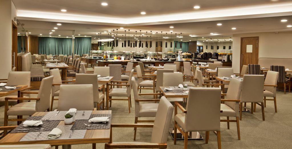 Enjoy fine meals in the elegant hotel restaurant