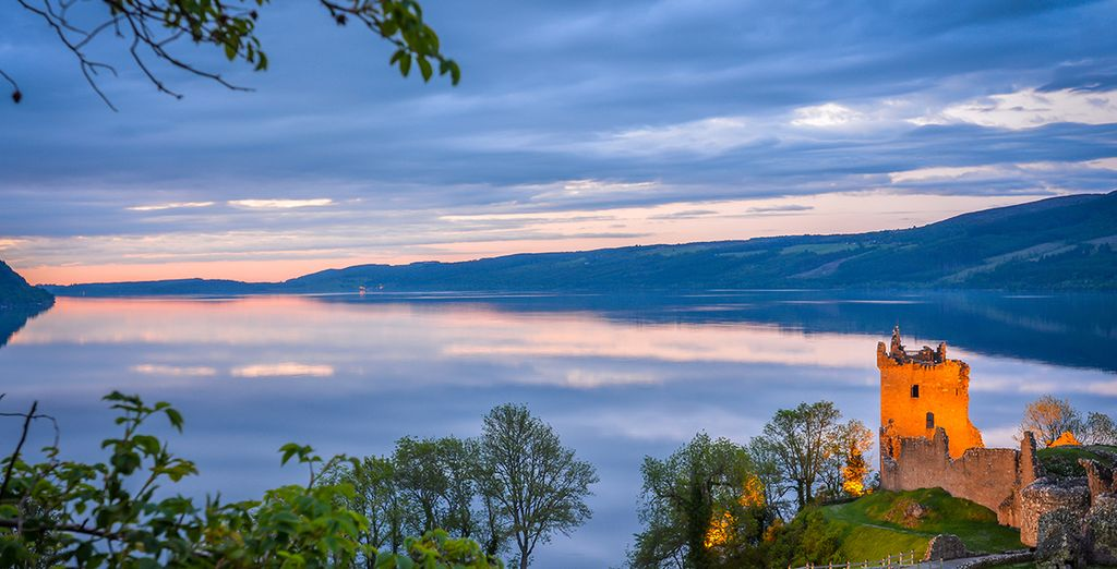 explore and visit loch ness