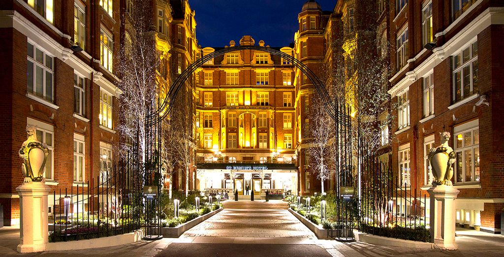A Luxurious Stay in the Capital  - St Ermins Hotel**** London