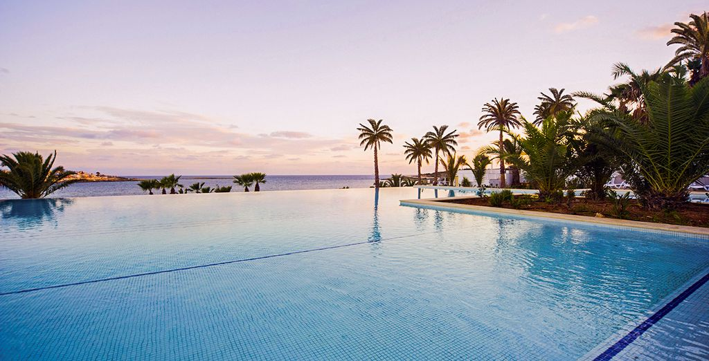Discover Malta... - Salini Resort 4* St Paul's Bay