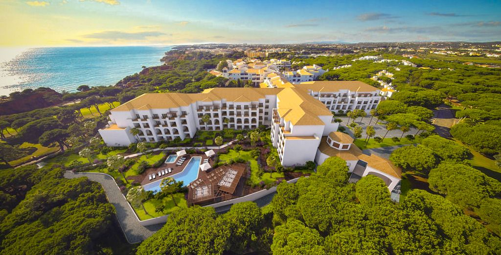 Stay at the fantastic Pine Cliffs Resort