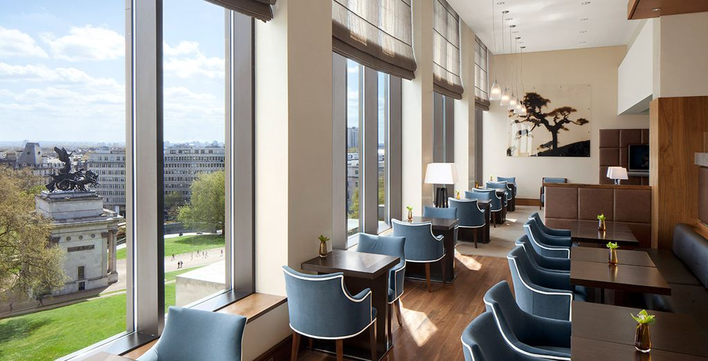 Spaces that gaze out to the Wellington Arch
