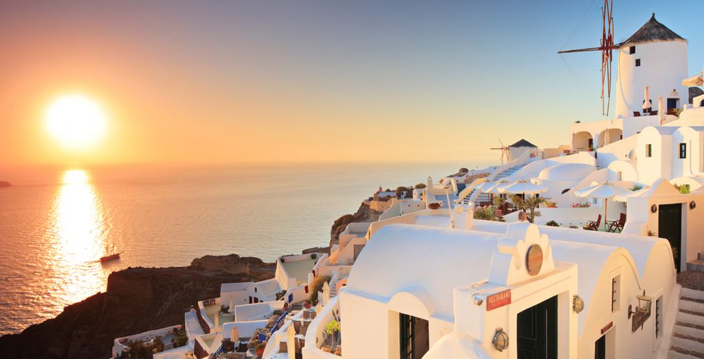 On the stunning island of Santorini - Villa Katikies 5* Santorini