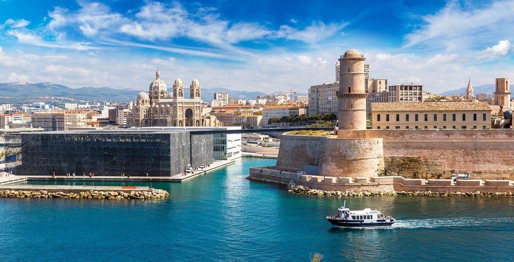 Explore Marseille!