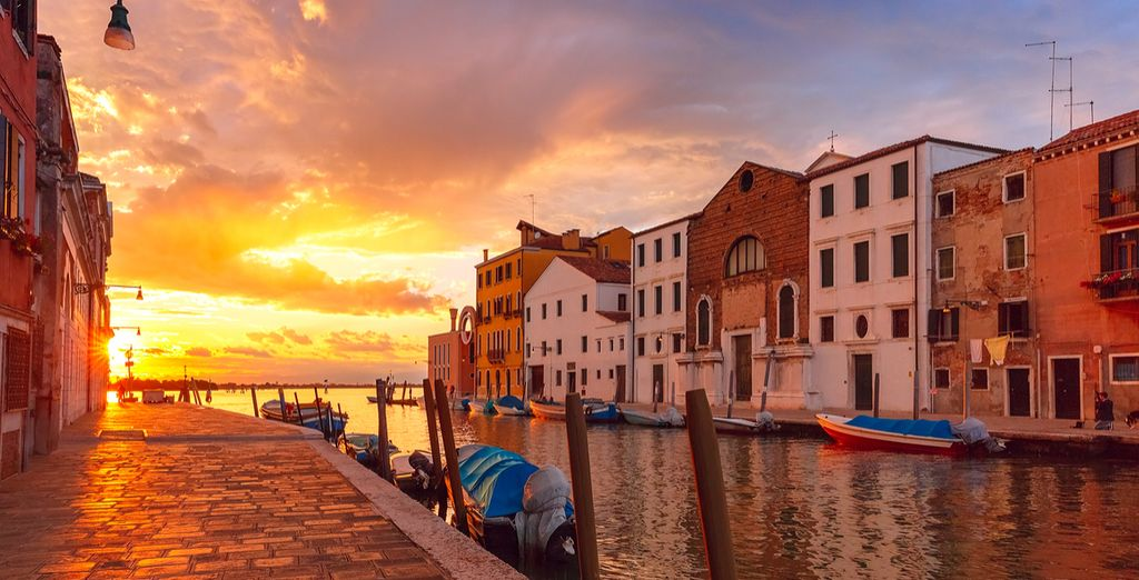 Step out of your hotel and onto the beautiful Cannaregio Canal