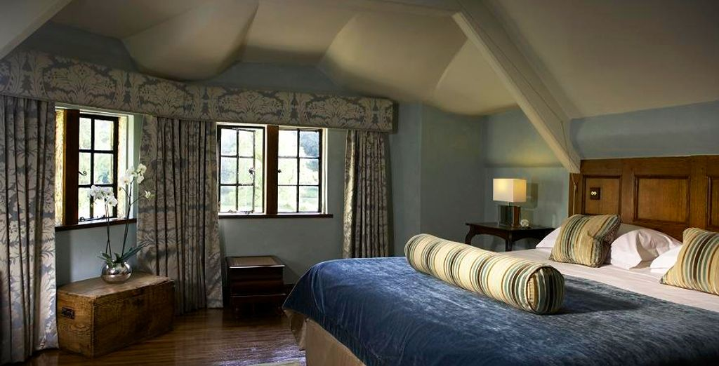 Why not choose a Deluxe Suite - perfect for a romantic getaway!